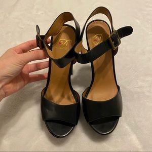 Black Platform Heel BNWT